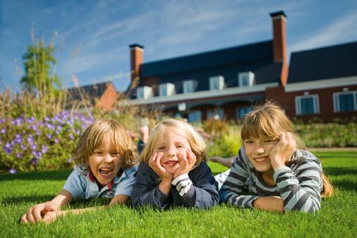 Kinder genießen den Urlaub. Bild: Landal GreenParks