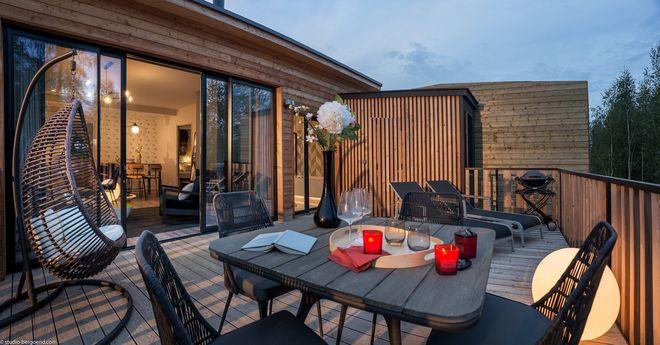 Ferienhaus der Kategorie Exclusive im Park Les Trois Forêts in Frankreich. Bild © Groupe Pierre & Vacances-Center Parcs
